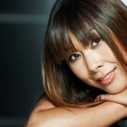 Анита Цой помогла прочитать песню в стиле рэп Хрюше